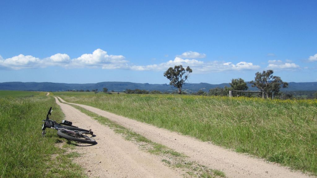 January the 2nd. Tongbong Road, Rylstone. Solo gravel miles...
